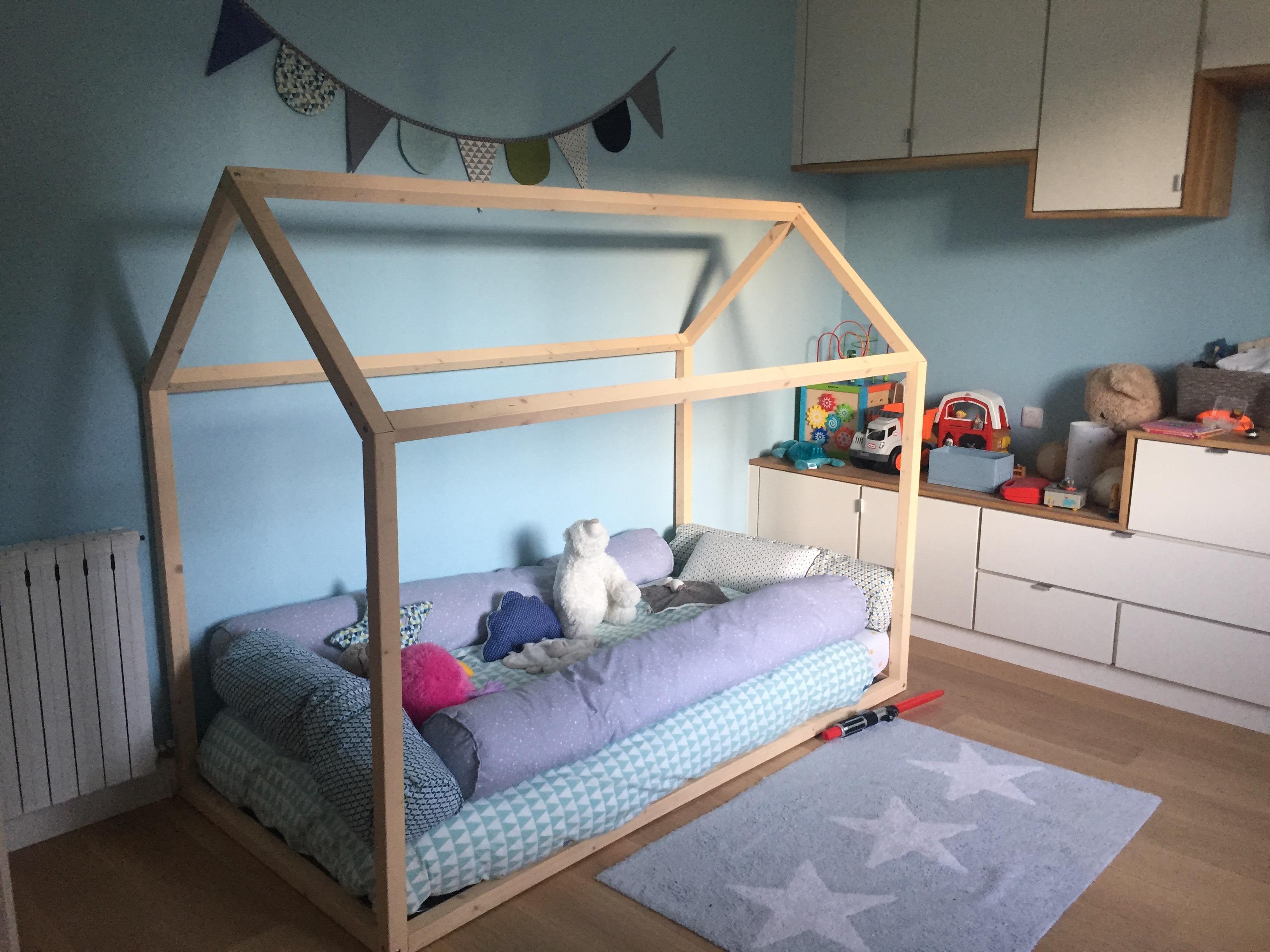 Fabriquer Lit Cabane Montessori faire un lit cabane montessori soi-même